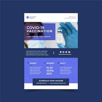 Coronavirus vaccin platte flyer-sjabloon