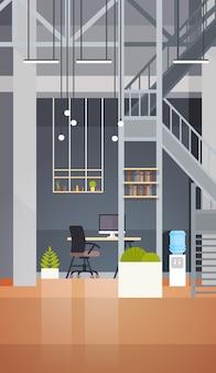 Coworking office interior modern coworking center creatieve werkplek milieu verticale banner