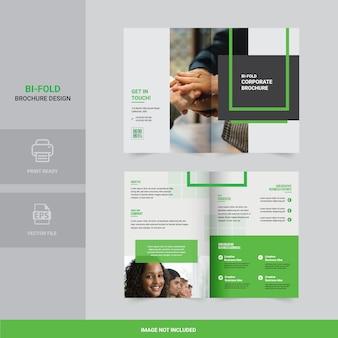 Creatief bi-gevouwen brochureontwerp