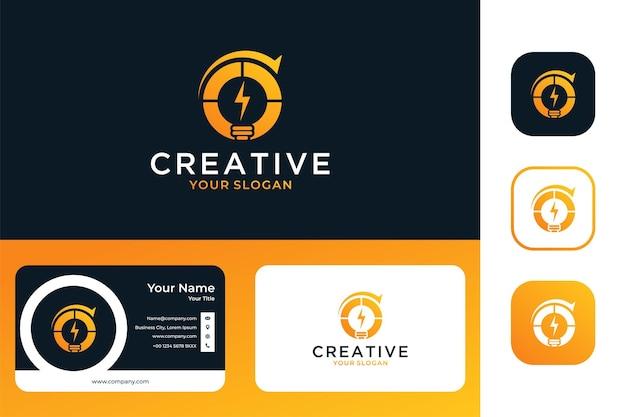 Creatief idee met lamp en pijllogo-ontwerp en visitekaartje