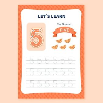 Creatief nummer vijf werkblad met stukjes sinaasappel