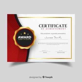 Creatieve certificaatsjabloon met gouden elementen
