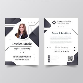 Creatieve identiteitskaart-sjabloon met afbeelding Gratis Vector