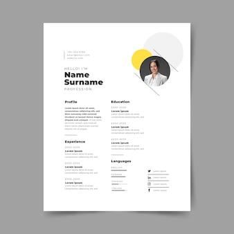 Creatieve minimalistische cv-sjablonen