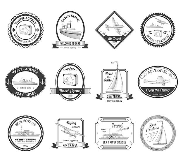 Cruise-reisbureau reist rond met labels