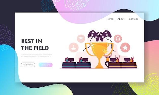 Cybersport, e-games toernooi bestemmingspagina sjabloon. personages team van cybersport-spelers in headsets die elektronisch spel online spelen