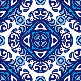 Damast vintage naadloze patroon van blauwe en witte oosterse tegels, ornamenten. kan worden gebruikt voor behang, achtergronden, decoratie voor uw ontwerp, keramiek, paginavulling en meer.