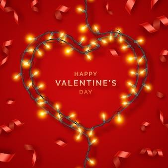 De achtergrond van de valentijnskaartendag met rode linten, lichten en decoratie van de dag de feestelijke hart gevormde verlichting van textvalentines met gloeilampen op draden