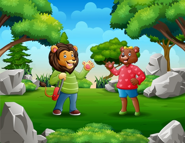 De beeldverhaaldame draagt ontmoeting met een leeuwman in het park