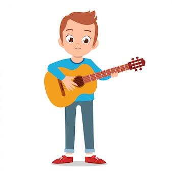 De gelukkige leuke gitaar van het tienerspel zingt kunstenaar
