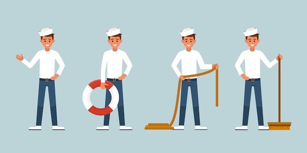 De glimlachende jonge zeeman houdt een reddingsboei, een borstel om het dek te wassen, een touw.