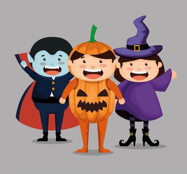 De groep kinderen kleedde zich omhoog in halloween
