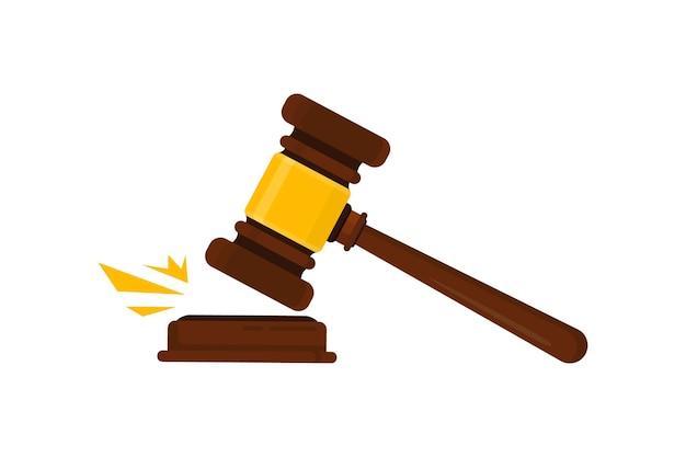 De hamer van de rechter. rechtershamerhamer voor uitspraak van vonnissen en rekeningen, met een houten standaard. wet en rechtvaardigheid concept. houten veilinghamer
