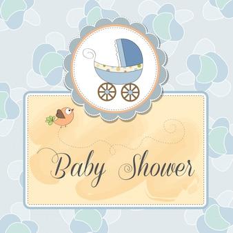 De kaart van de de jongensaankondiging van de baby met baby en kinderwagen