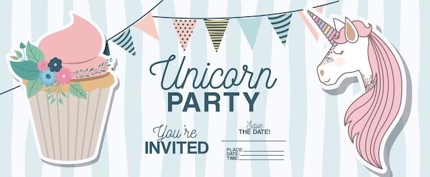 De kaart van de de partijuitnodiging van de eenhoorn met bloemendecoratie en cupcake