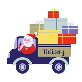 De kerstman draagt dozen met geschenken in de vrachtwagen