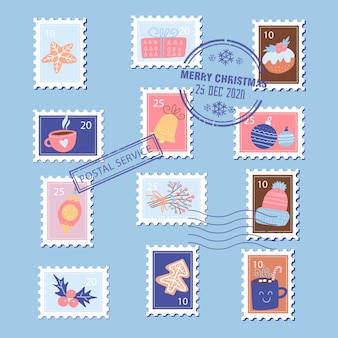 De postzegels van kerstmis met kerstmiselementen - giftdoos, peperkoek, kop en hulst. platte hand getekend.