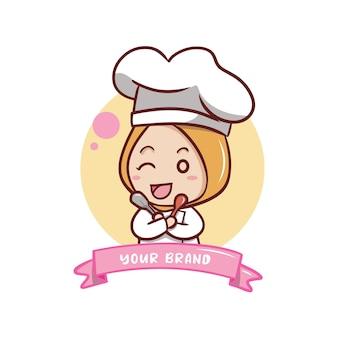 De schattige vrouwelijke chef-kok