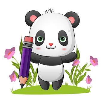 De slimme panda houdt een grote magische potloodillustratie vast