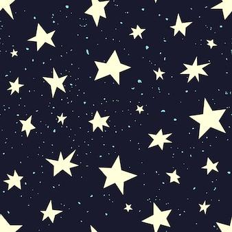 De sterren van verschillende vormen op een zwarte lucht. handgemaakte stijl