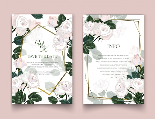 De uitnodigingskaarten met witte rozen.