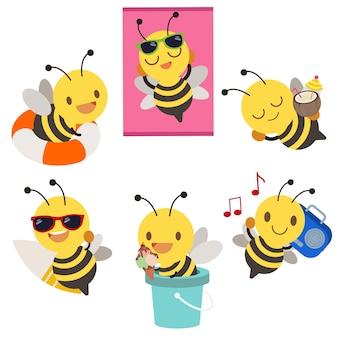 De verzameling schattige bijen in de zomer