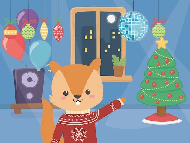 De vrolijke eekhoorn van de kerstmisviering met boomballen en muziek