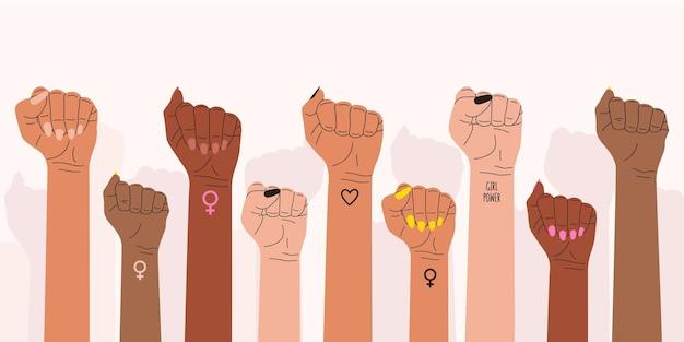 De vuisten van de vrouwen gingen in protest omhoog. een symbool van de feministische strijd voor vrouwenrechten.
