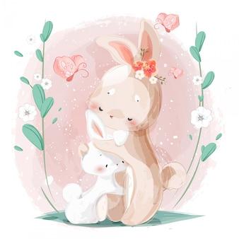 De warme knuffel van de moeder en het kleine konijn