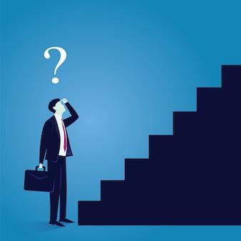 De zakenman verwart om eerste stap van succes te maken