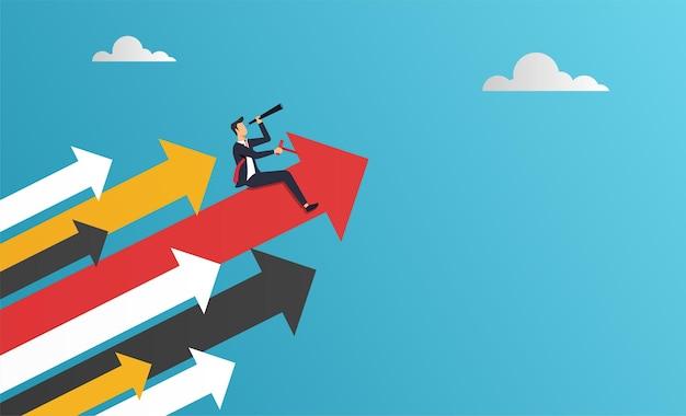 De zakenman zit op rode pijl houdt verrekijker voorwaartse vlieg om succesconcept te gaan