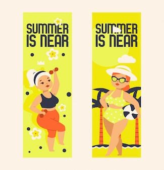 De zomer is dichtbij vastgestelde illustratie. grote maten meisjes in sportkleding met halters en zwempak met bril, hoed en bal.