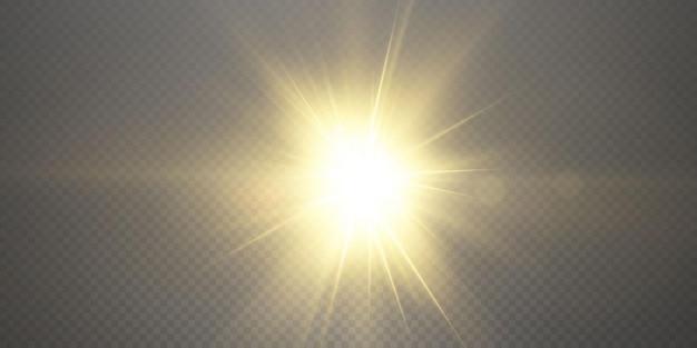 De zon schijnt heldere lichtstralen met realistische schittering.