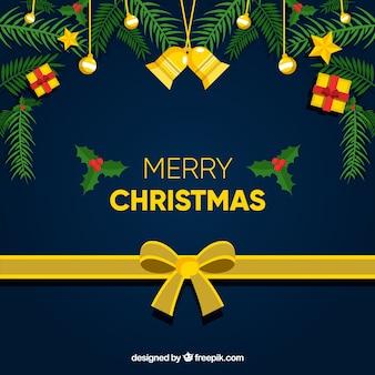 Decoratieve achtergrond van kerstmistakken en gouden lint