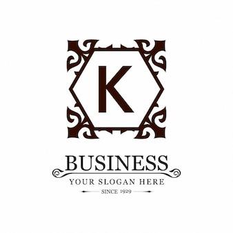 Decoratieve bloemen frame k logo