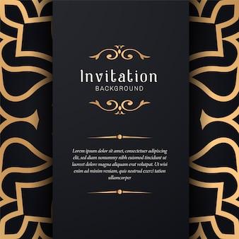 Decoratieve huwelijksuitnodiging met elegante stijl