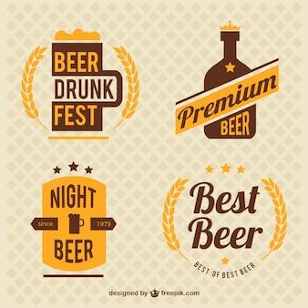 Decoratieve uitstekende bier badges