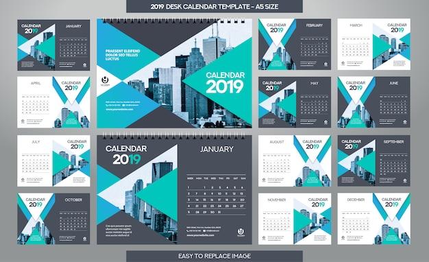 Desk calendar 2019-sjabloon - 12 maanden inbegrepen