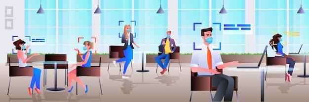 Detectie en identificatie van zakenmensen in kantoor gezichtsherkenningssysteem ai analyseert big data concept horizontale volledige lengte illustratie