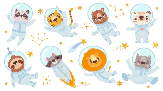 Dieren astronauten. ruimte team schattig dier in ruimtepakken, sterrenhemel universum met kosmonauten voor kinderen print flyer vector tekens set. panda en tijger, beer en hond, luiaard en wasbeerleeuw, kat