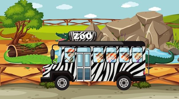 Dierentuinscène met kinderen in de bus op tournee