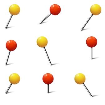 Diverse pushpins, kaartspijkers en pinnen gekleurd