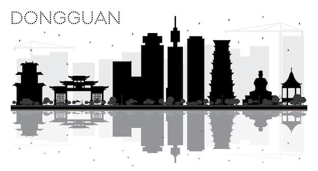 Dongguan city skyline zwart-wit silhouet met reflecties. vector illustratie. stadsgezicht met bezienswaardigheden.