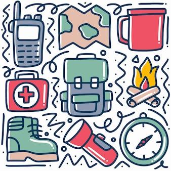Doodle set kamp tools hand tekenen met pictogrammen en ontwerpelementen