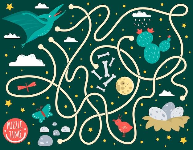 Doolhof voor kinderen. voorschoolse activiteit met dinosaurus. puzzelspel met pterodactylus, wolken, eieren in nest, botten, vlinder, vogel, maan, ster. leuke grappige lachende personages.