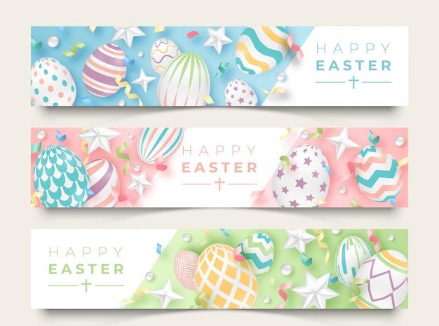 Drie horizontale banners van pasen met realistische verfraaide eieren, linten, sterren en ballen.