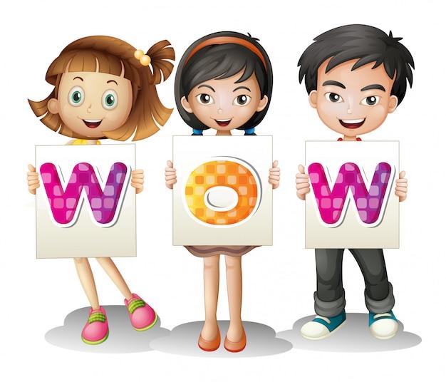 Drie kinderen met letters