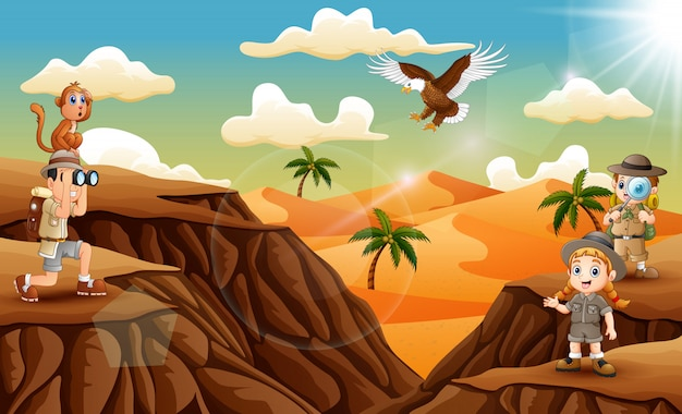 Drie ontdekkingsreiziger jongen in de woestijn