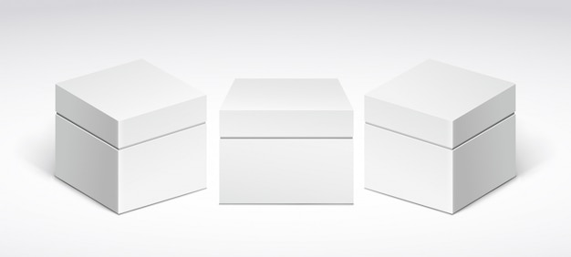 Drie witte verpakkingsdozen met deksel, vooraanzicht en zijaanzicht.