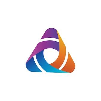 Driehoek kleurrijke logo ontwerpsjabloon